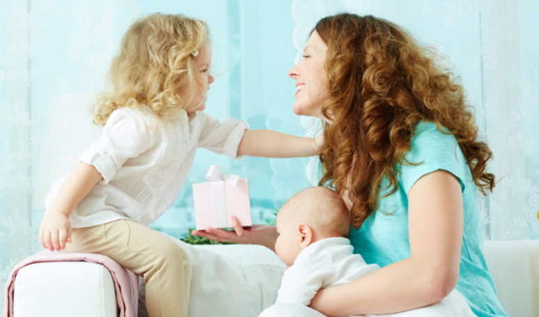Asking Questions to get your Toddler Talking