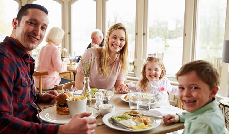 Top Tips for Restaurant Dining with Younger Children
